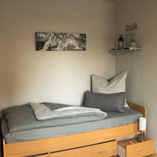 Zimmervermietung-Bernburg-ein-gemuetliches-Bett